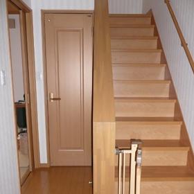 階段 リフォーム前