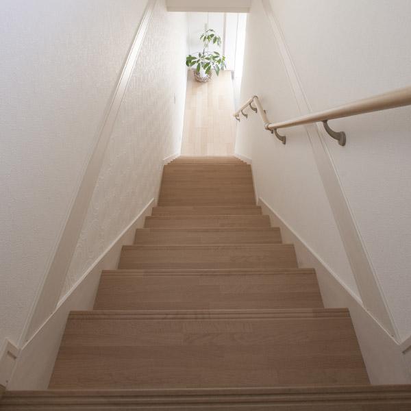 階段 リフォーム後
