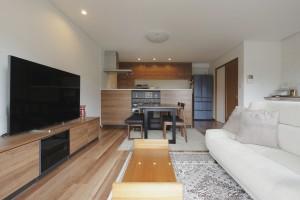 リフォーム事例紹介:二世帯住宅を解消。設備を統一し開放的な空間へ。