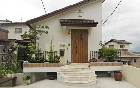 画像:港を望む高台の家を、地中海風にリフォーム港を望む高台の家を、地中海風にリフォーム