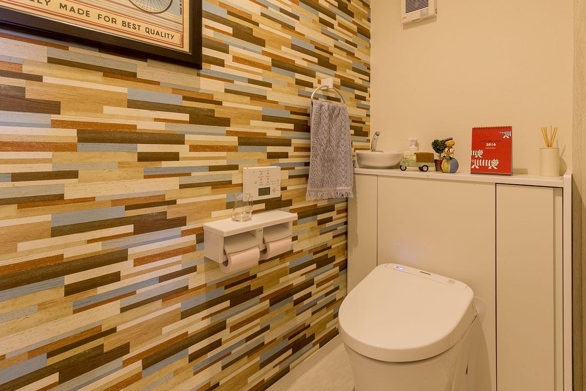 壁紙リフォームでトイレをおしゃれな空間にしよう 選び方をご紹介 リフォームウィズ